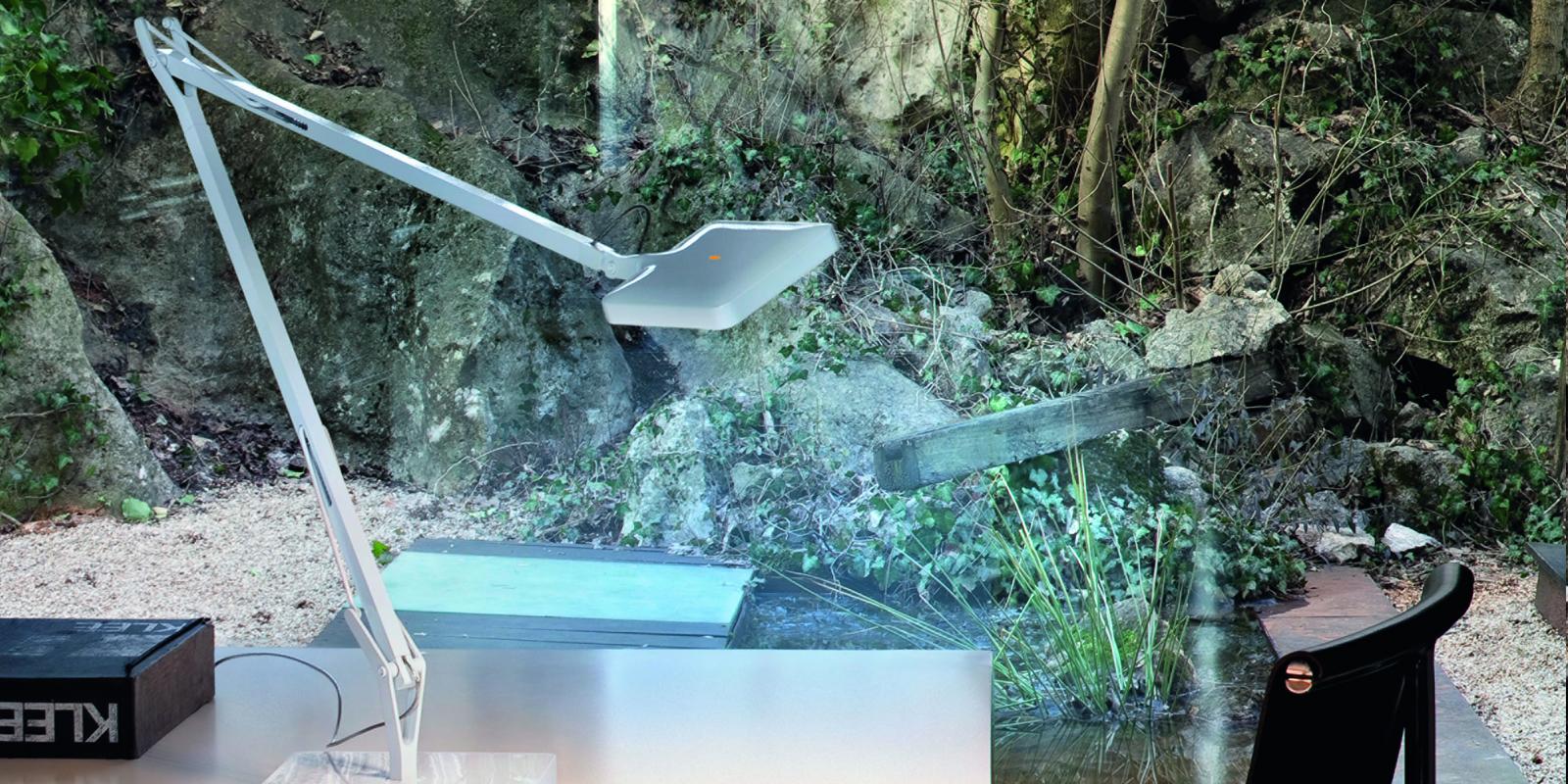 Miljøbilde av Kelvin edge bordlampe