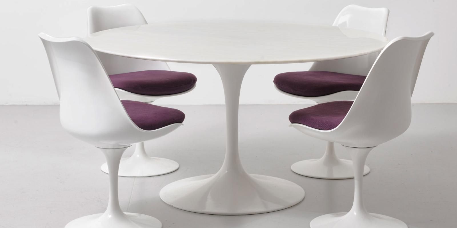 Miljøbilde av Saarinen rundt spisebord