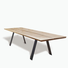 GM 3200 Table