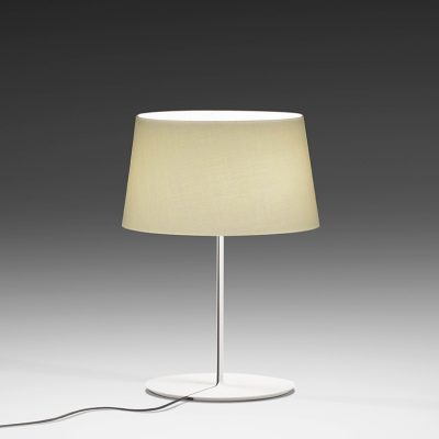 vb805_warm_bordlampe_p1