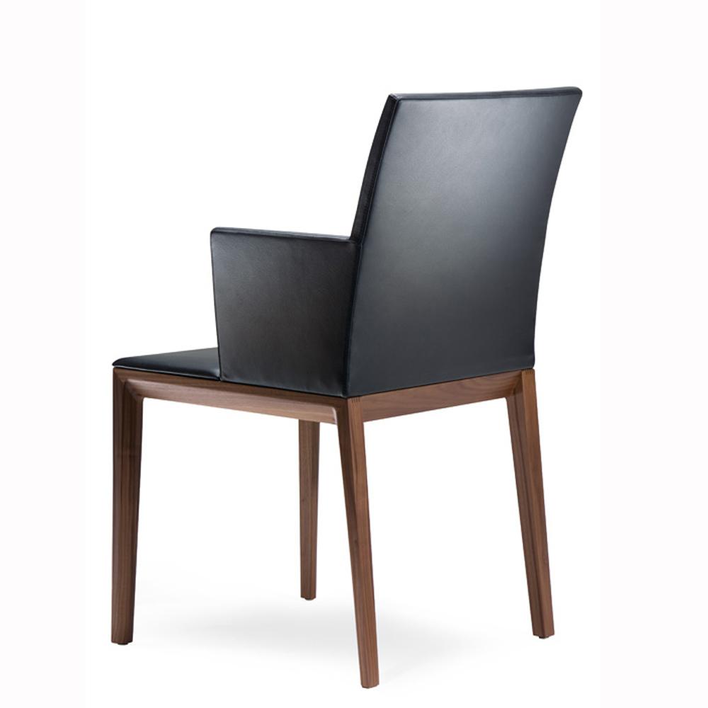 Storslått Tannum | Designmøbler AY-71