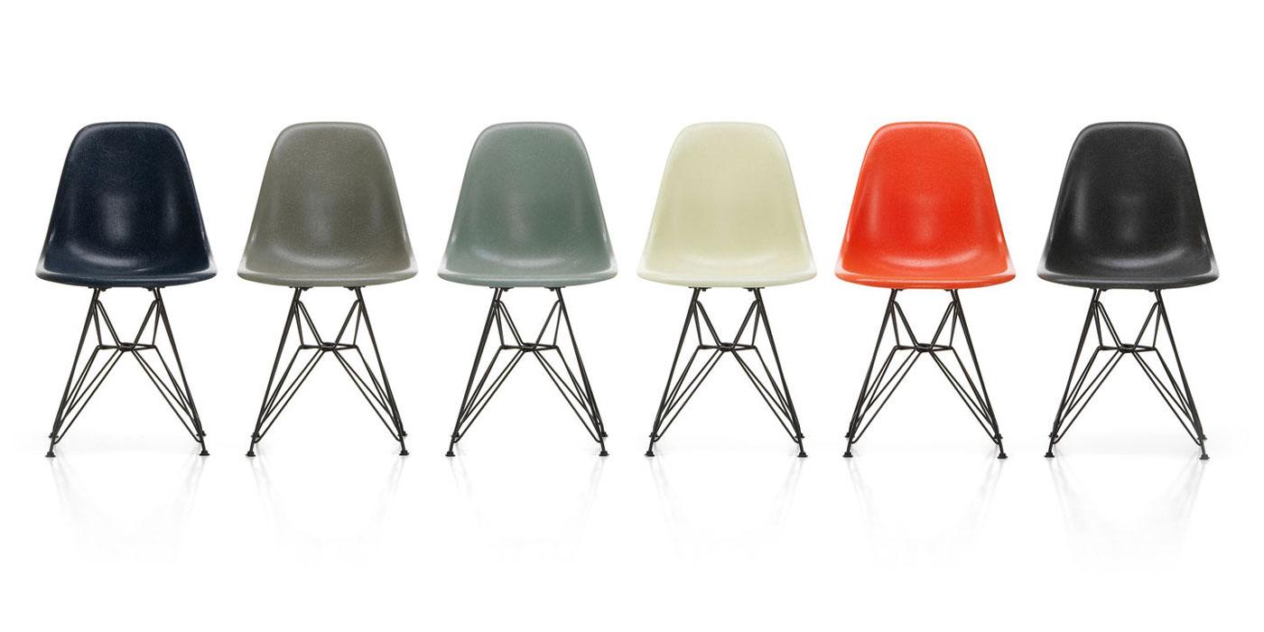 Miljøbilde av Eames fiberglass chair: DSR, DSX og DSW